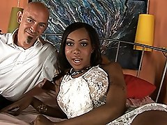 Sweet chocolate Sexxxy Jade in hot sucking and fucking