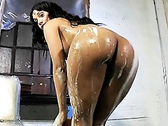 Lovely Sunshyne washing her irresistible body